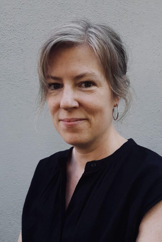 Porträttbild av Elin Segerstedt.